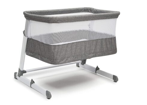 Simmons Kids Room2Grow Newborn Bedside Bassinet to Infant Sleeper